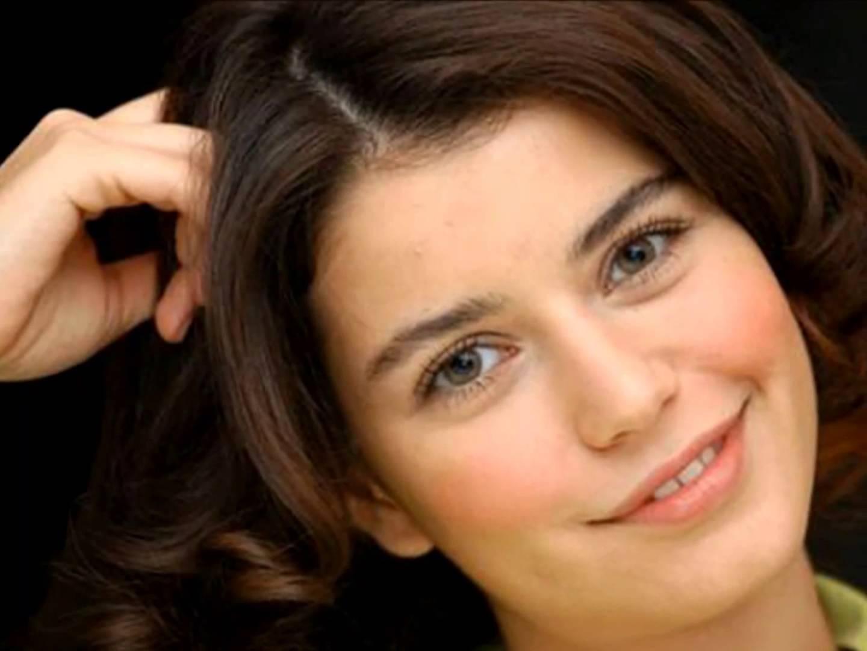 صوره صور بيرين سات , الجمال التركى و الموهبة الحقيقية