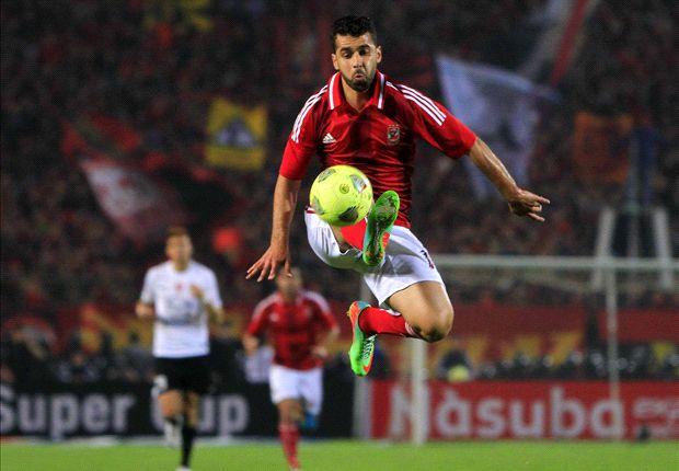 بالصور صور عبدالله السعيد , لاعب الوسط المتميز لنادي الاهلي 2528 4