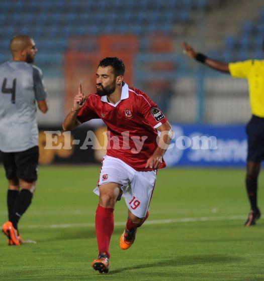 بالصور صور عبدالله السعيد , لاعب الوسط المتميز لنادي الاهلي 2528 5