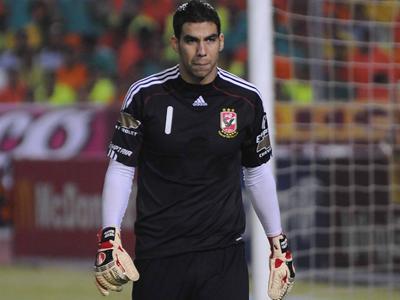 صورة صور شريف اكرامي , لاعب كورة قدم مصري