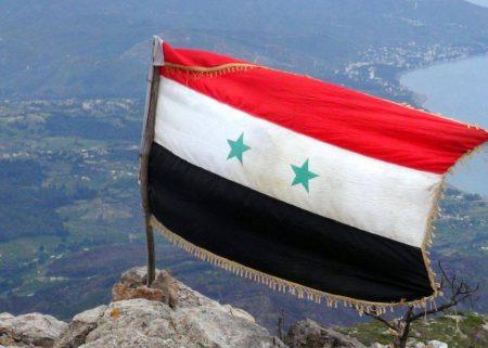 بالصور صور علم سوريا , رفرف واعلي وكون شامخا فوق ارضك 2145 6
