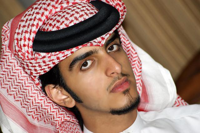 بالصور صور شباب سعوديين , الشهامة و الرجولة الي علي حق 2264 8