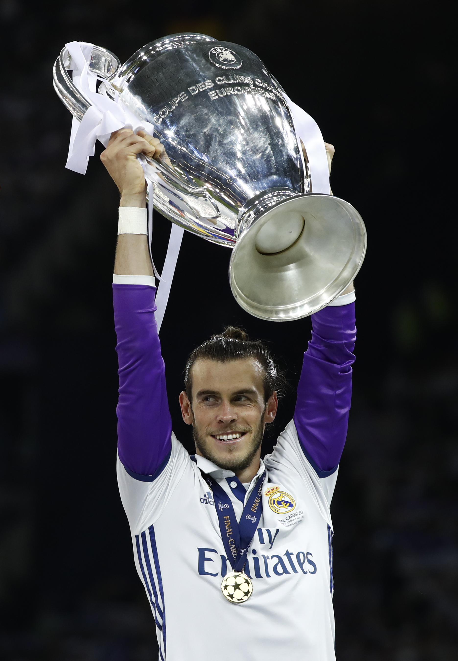 بالصور صور ريال مدريد , نادى المحترفين الاسبانى و شعارة العظيم 2338 1