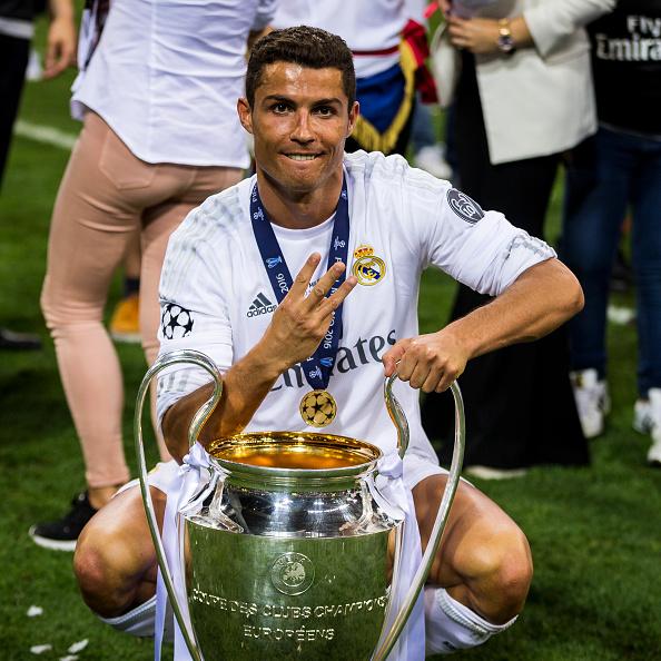 بالصور صور ريال مدريد , نادى المحترفين الاسبانى و شعارة العظيم 2338 2
