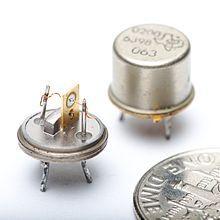 صورة ما هو الترانزستور , الترانزستور ومما يتكون