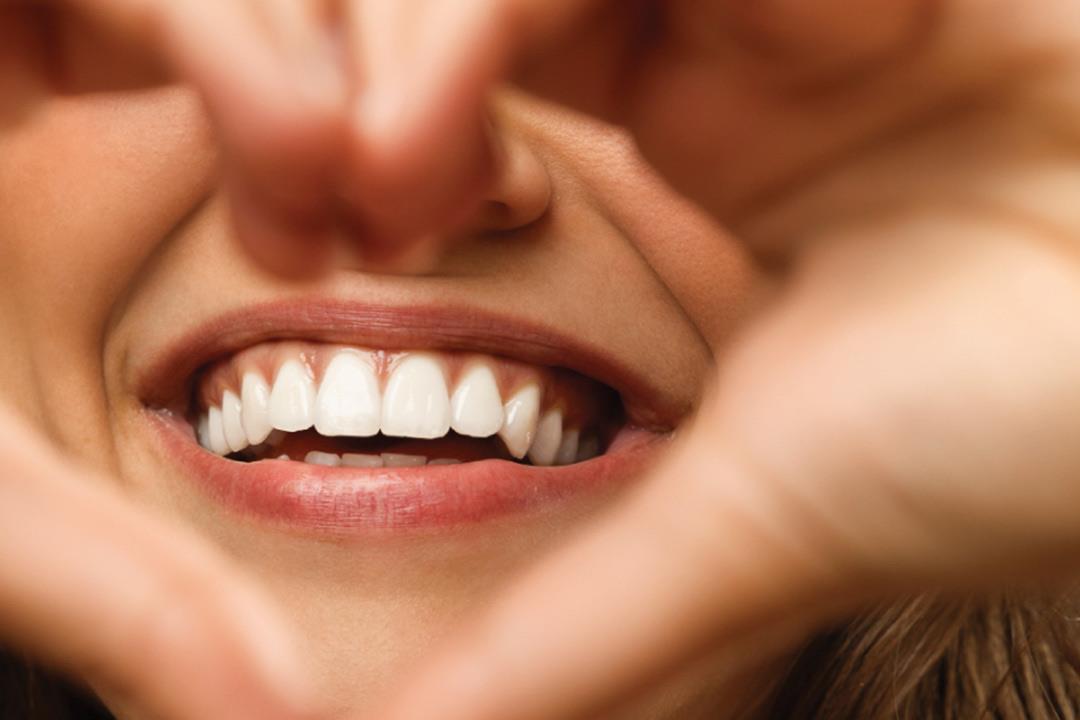 صورة اسنان بيضاء في المنام , ارى اسناني ناصعة البياض في الحلم