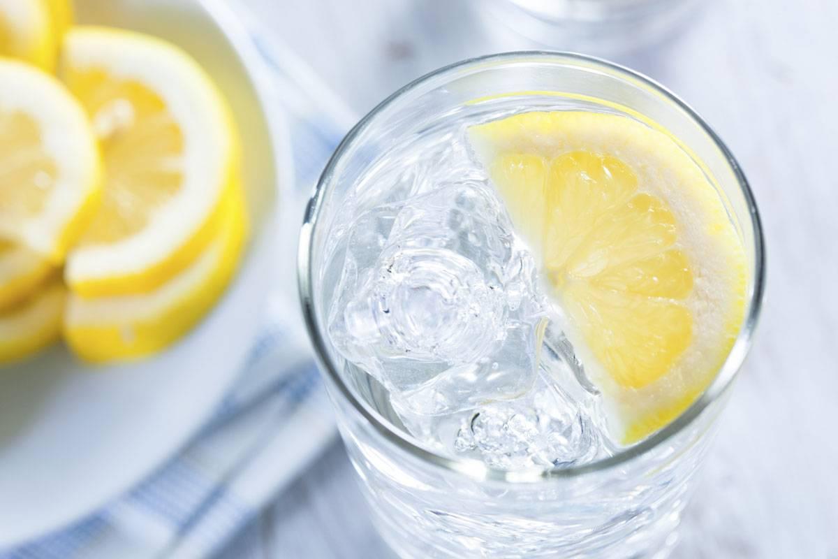 صورة رجيم الماء والليمون على الريق , خسي من غير ما تحسي